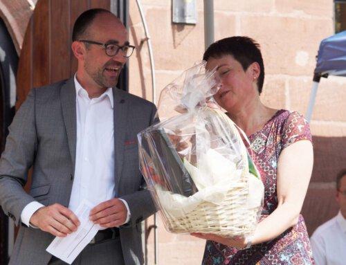 Bürgermeister nimmt an Verabschiedung von Pfarrerin Munzert teil